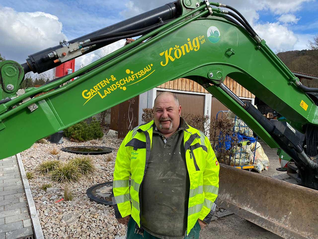 Simon Eiras-Schmitt - Vorarbeiter für Kanalbau, Hausanschlüsse und Entwässerungsarbeiten